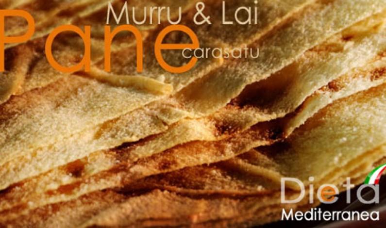Pane Carasatu: squisito, buono, antico, mediterraneo. Il Pane per la tavola di tutti.