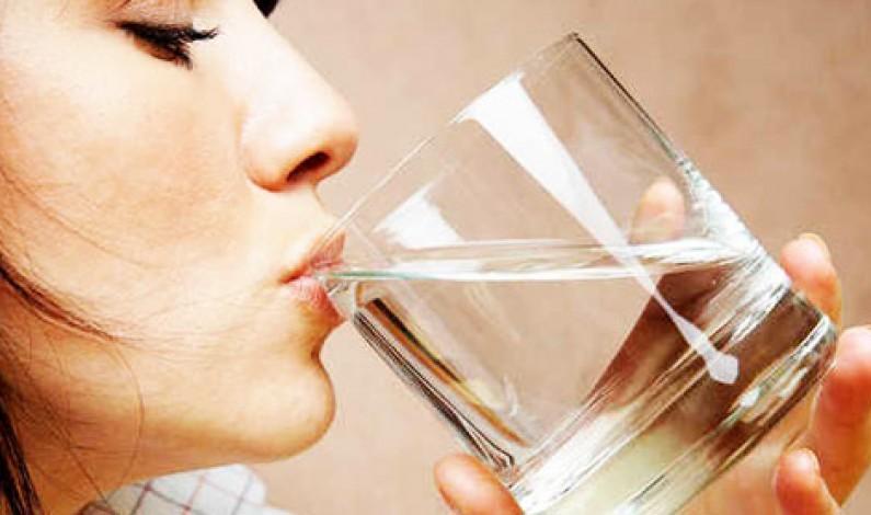 Bere molta acqua accende il cervello