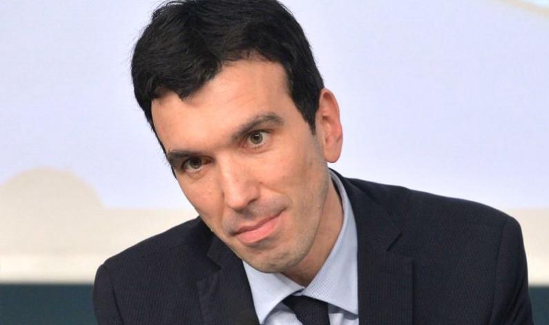 Latte, Mipaaf: 11 febbraio riunione con la filiera al Ministero Martina: 7 strumenti per il settore
