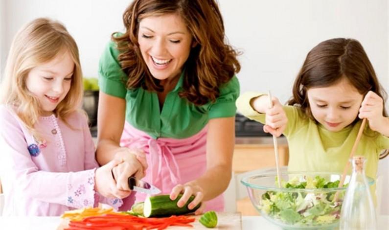 Dieta sana per il 90% delle mamme ma in sovrappeso il 21% dei bimbi